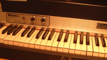 SAMPLE Fender Rhodes