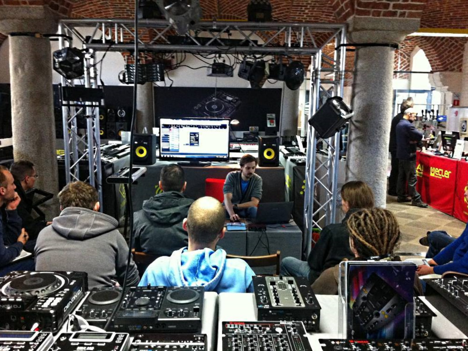 Warsztaty Cubase tips&tricks - DJ Shop Wrocław, 2013